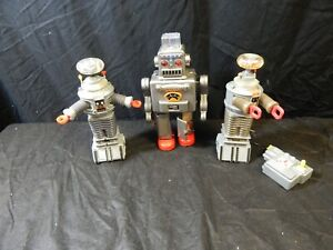 1990'S TOY ROBOT LOT 3 PC, TIN TOM TOY ROBOT, SPACE PRODUCTS, TRENDMASTERS INC