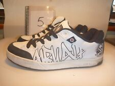 AIRWALK SIZE UK 5 WHITE LEATHER TRAINERS SKATER SHOES