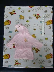 WINNIE THE POOH DISNEY BABY BLANKET & PINK GIRL DRESSING GOWN SET SIZE 0