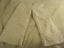 NWT Gap Women's Beige Khaki Hip Slung Fit Slim Fit Capri Size 6 ~ 1761