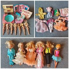 Rétro vintage poupée barbie/sindy Doll meubles vêtements JOB LOT/1970 S 1980 S