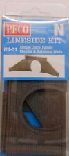 Peco NB-31  Single Track Tunnel Mouths x 2 And Retaining Walls (N) Railway Model