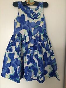 Mädchen Kleid, Rock, Sommer, Gr. 122, Next, weiss mit blauen Blumen