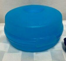 Tupperware Bagel Round Sandwich Keeper 4440B Clamshell Blue