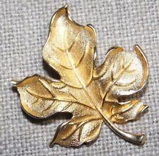 VINTAGE GOLD TONE FALL LEAF PIN BROOCH ~SIGNED: AMERIQUE