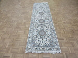 2'10 x 10'1 Runner Hand Knotted Ivory Persian Nain With Silk Oriental Rug G6547