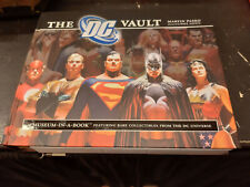 DC Vault inglese Running Press volume con allegati originale perfetto Comics