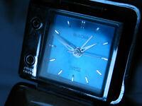 VINTAGE BULOVA LITEALARM TRAVEL ALARM CLOCK BLUE FACE JAPAN DESK CLOCK TO REPAIR