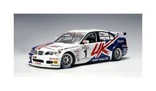 AutoArt Team UK BMW 320i 2005 1:18 #1 Andy Priaulx (GBR) WTCC (MCC)