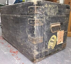 wooden travel chest/blanket box, metal edge bindings, interior clean