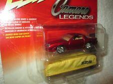 JOHNNY LIGHTNING 1982 CAMARO CHEVY Z/28 red  camaro legends w/ CAR COVER 1/64 JL