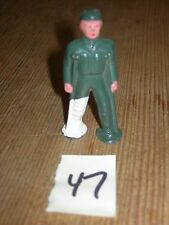 ca 1960'S BARCLAY DIMESTORE LEAD TOY WOUNDED SOLDIER ON CRUTCHES #47