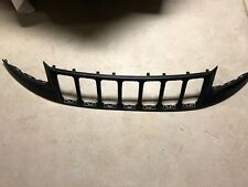 2014 2018 JEEP GRAND CHEROKEE BUMPER GRILLE OEM NEW