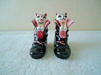 """Vtg Made In Japan Ceramic Kittens In Boots Salt & Pepper Shaker Set """" BEAUTIFUL"""