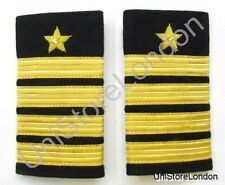 Epaulette Star 4 Gold Bars & Star on Black Cloth R1015