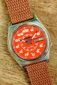 Seiko Thailand Numerals Automatic 7009-3040 Red Dial Mens 1990s Japan Watch