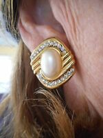 Authentic Vintage Gold Tone Faux Pearl & Rhinestone Clip Earrings