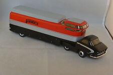 PERFEX 206 - BERLIET TLB19 CHARBONNEAUX LE BASTARD FORMICA 1951  1/43