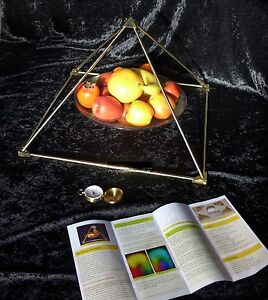 Energie Pyramide c.5 Messing 50cm Pyramid energy Pyramidenenergie Orgon zerlegb.