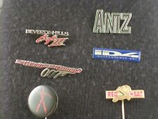 Sammlung mit 29 Pins zu verschiedenen Kinofilmen und mehr