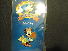 DISNEY DS 12 MONTHS OF MAGIC MOTHER'S DAY 2002 MINNIE MOUSE PIN ON CARD