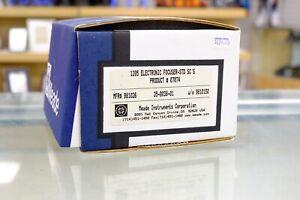 Meade 1205 electronic focuser-std Sc's 07074.   (MEF113)