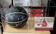 03-04 CLEVELAND CAVALIERS *LEBRON ROOKIE YEAR* Team Signed Basketball W/Coa+Cube