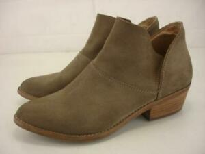 Women's 8.5 M Lucky Brand Fahmida Taupe Suede Leather Bootie Ankle Boots Slip-On