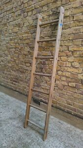 (993) VINTAGE  WOOD 7 RUNG  LADDER - COLLECT OR DELIVERY