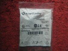 ALLEN-BRADLEY 800FD-F3X10 Flush Push Button, Green, Series A