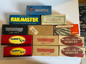 Vintage HO scale Freight Train Kits Flat Tank Box Car Caboose Reefer Built-up