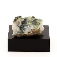 Quartz + Fuchsite. 32.5 cts. Thetford Mines, Québec, Canada