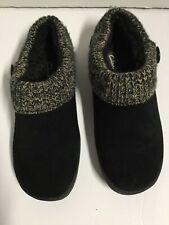 Clarks Women's Size 9M Black Faux Fur Lined Winter Slippers. R11