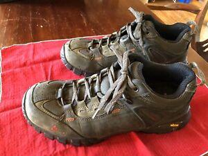 vasque men's hiking shoe size 9