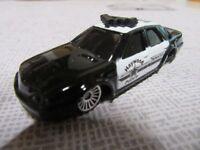 M Maisto Diecast Metall Modellauto in 1:60 amerikanischer Polizeiwagen