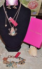 3PC BETSEY JOHNSON STUNNING CRYSTAL OPAL FROG NECKLACE FROG EARRINGS CHARM BRAC