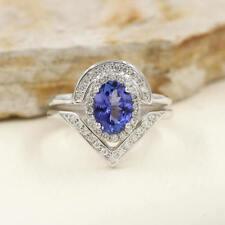 2pcs Set Oval Shaped Tanzanite U Diamond Engagement Ring Chevron Wedding Band