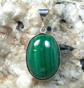 MALACHITE - Beautiful Green Cabochon .925 Sterling Silver Necklace 16.07ctw