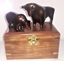Antik Bulle & Bär bronze-farbiges Alu Design Bulle und Bär in Holzschatulle bull