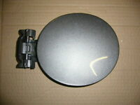 NISSAN MURANO PETROL/FUEL FILLER LID TRIM FLAP COVER WITH HINGE IN GREY