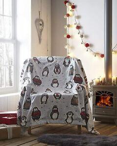 Snowy Penguins Super Soft Sherpa Fleece Blanket 130cm x 170cm Warm Winter