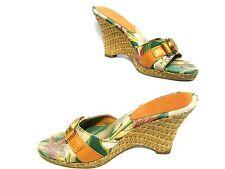Anne Klein akhagan Verde Rosa Floral Hebilla de oro tan Wedges Mulas Zapatos 7