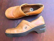 EUC BORN Size 10 Smooth Leather Clogs Nursing Professional Cognac Brown MINT