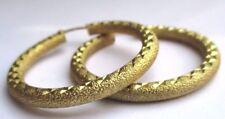 boucles d'oreilles percées anneaux bijou vintage en relief couleur or 2914