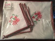 """Vtg SCARLET Embroidered LINEN  Christmas Tablecloth & 12 napkins 58"""" X 96"""" NEW"""