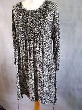 The Masai Clothing Company bubble hem black white print dress s  12 14