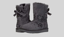 WOMEN'S UGG CLASSIC GALAXY BLING SHORT BAILEY BOW CHARCOAL SUEDE BOOTS SIZE 8 M.