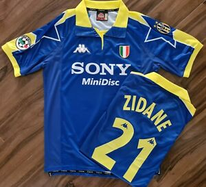 Juventus 1997 98 ZIDANE Retro Football Shirt MEDIUM *READ* Classic Third