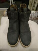 Chatham Country Pull On Chelsea Boot  Leather Suede Size 5 Green