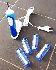 Braun Oral-B Vitality Elektrische Zahnbürste Type 3709 4 x Aufsteckbürste